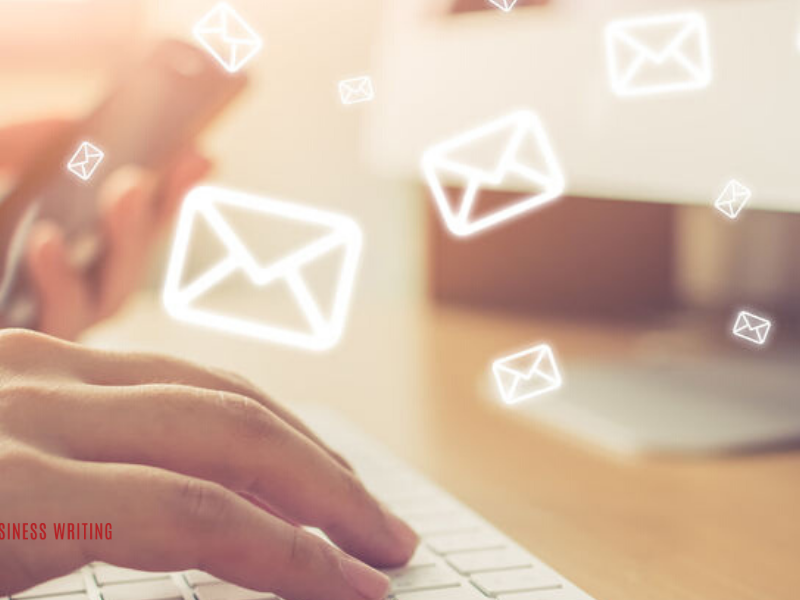 How to Effectively Combine Warm Prospecting Emails with LinkedIn Outreach